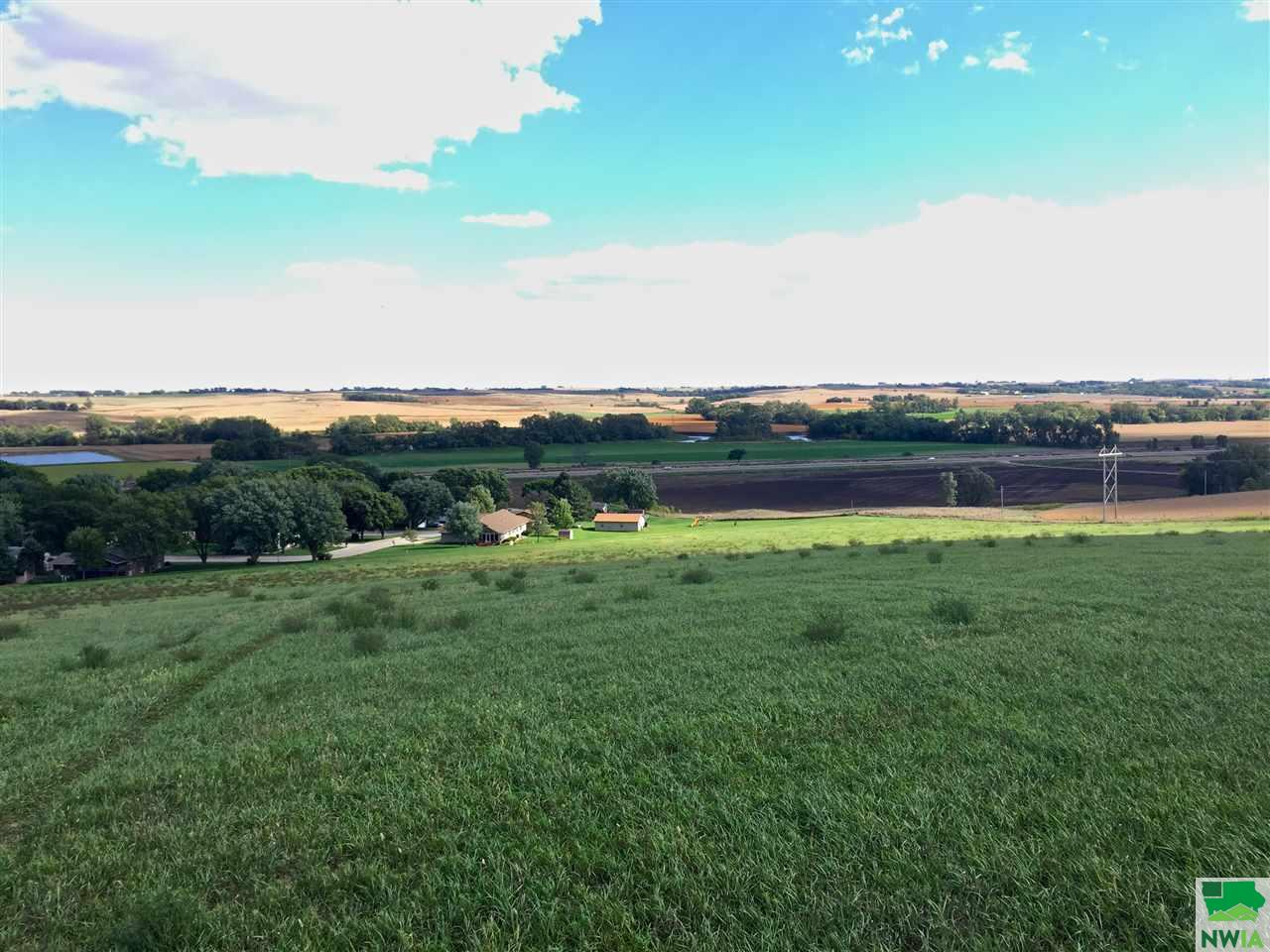 Property for sale at Lot 10 Blackhawk Ridge, Hinton,  Iowa 51024