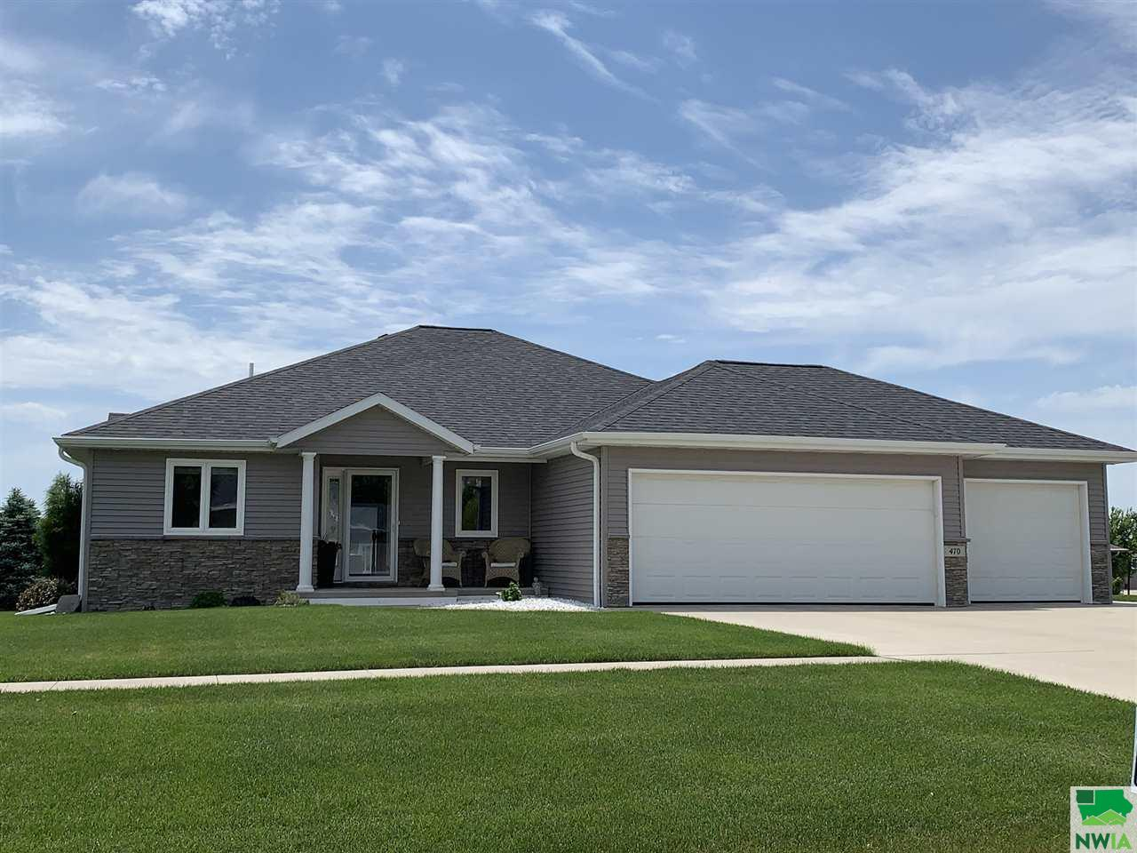 Property for sale at 470 18th St Se, Lemars,  Iowa 51031