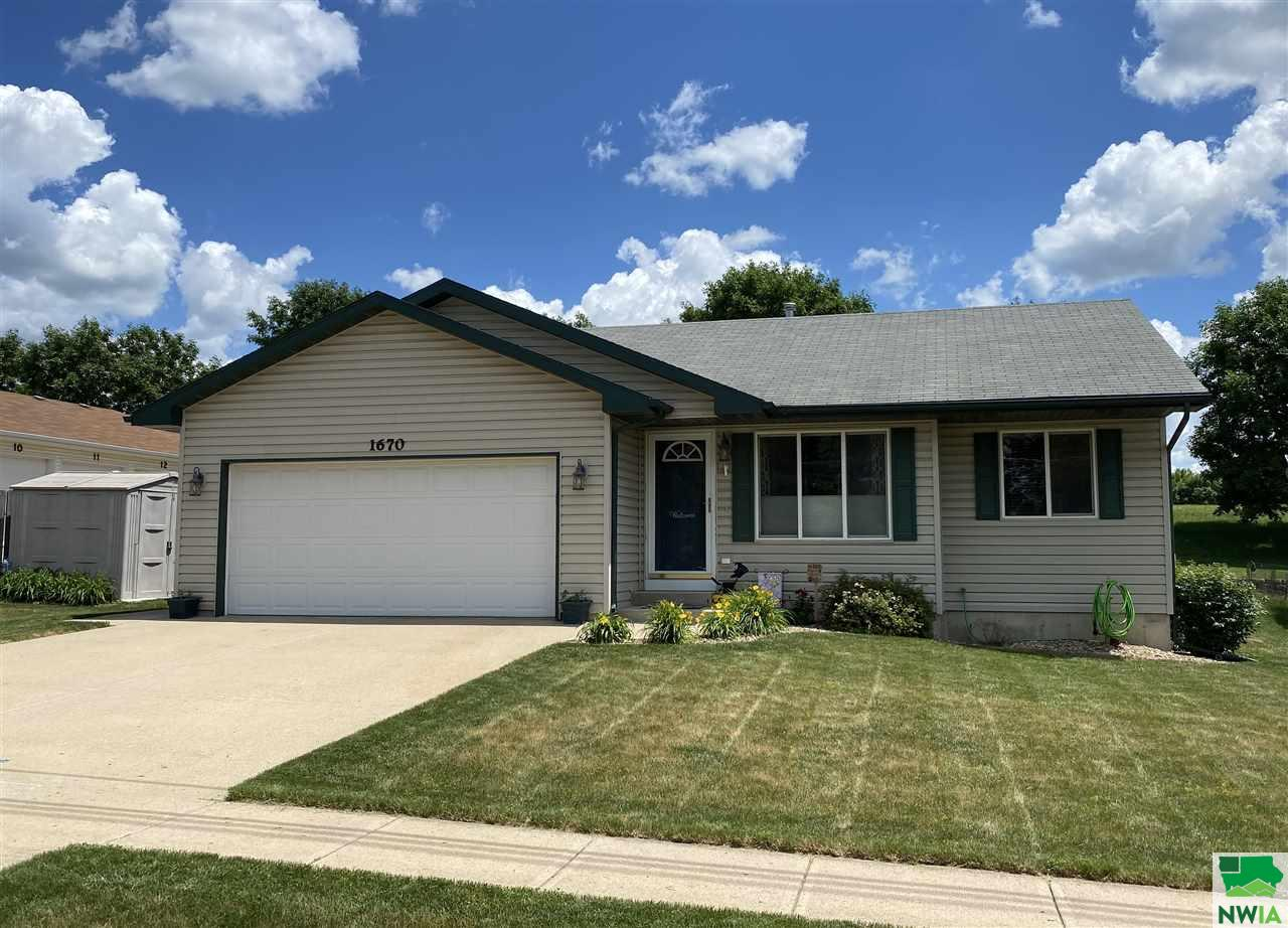 Property for sale at 1670 6th Ave Sw, Lemars,  Iowa 51031