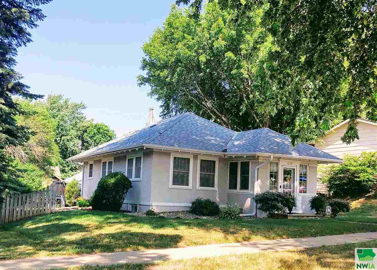 Property for sale at 1027 1st Ave Se, Lemars,  Iowa 51031