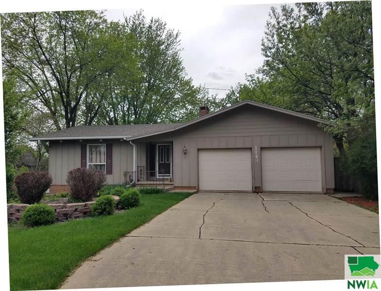 1143 1st Avenue SE, Sioux Center, Iowa 51250