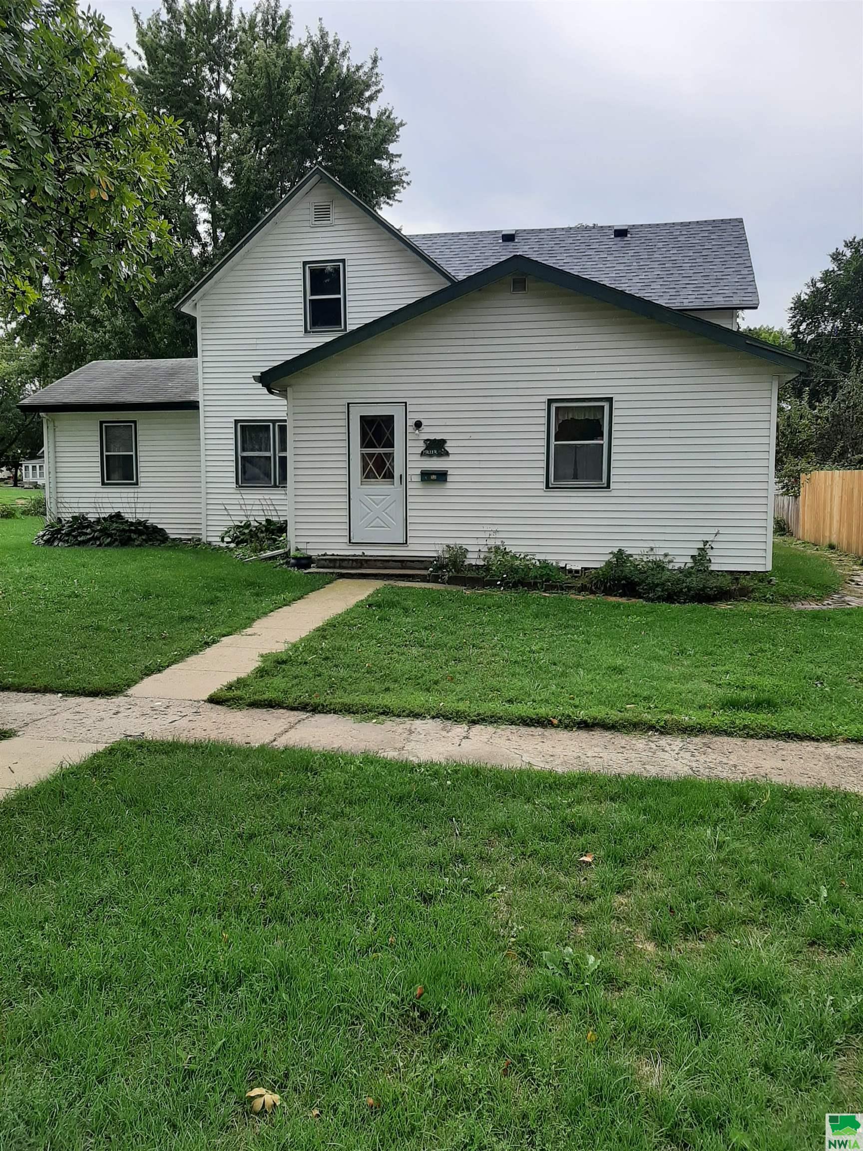 328 Jones St, Moville, Iowa 51039