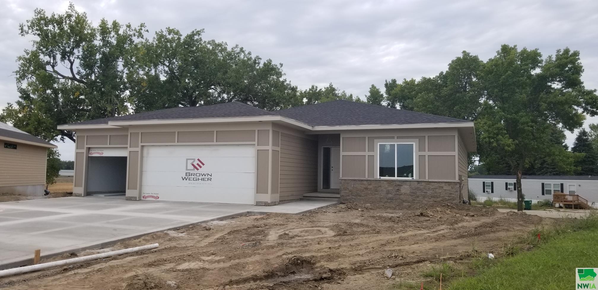181 Canterbury N, No. Sioux City, SD 57049