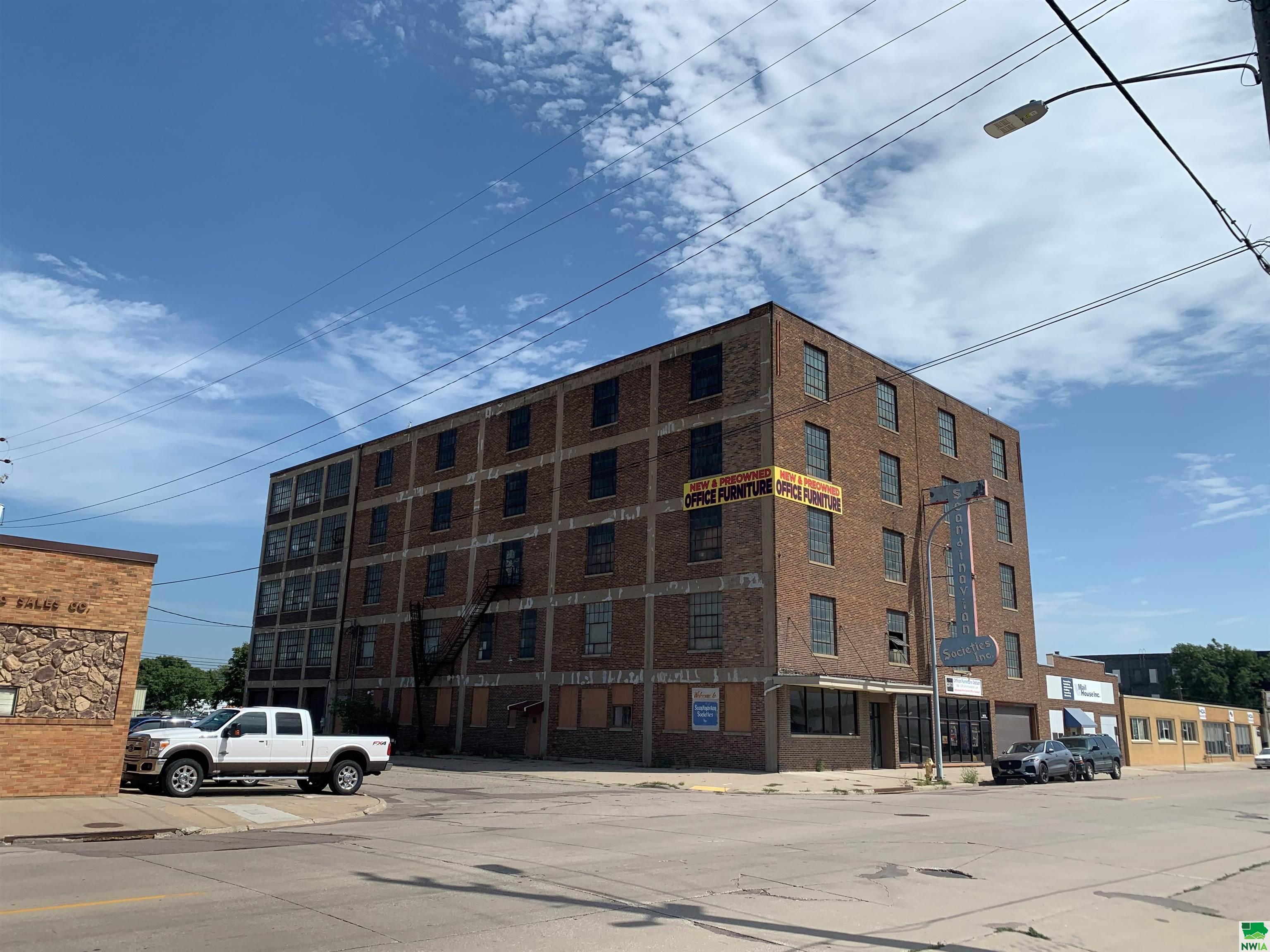 1801 4th St, Sioux City, Iowa 51101-