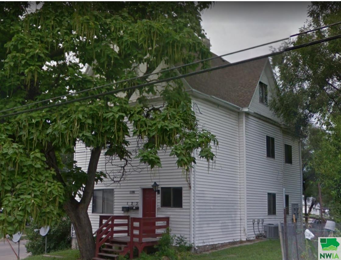 1101 11th Street, Sioux City, Iowa 51105