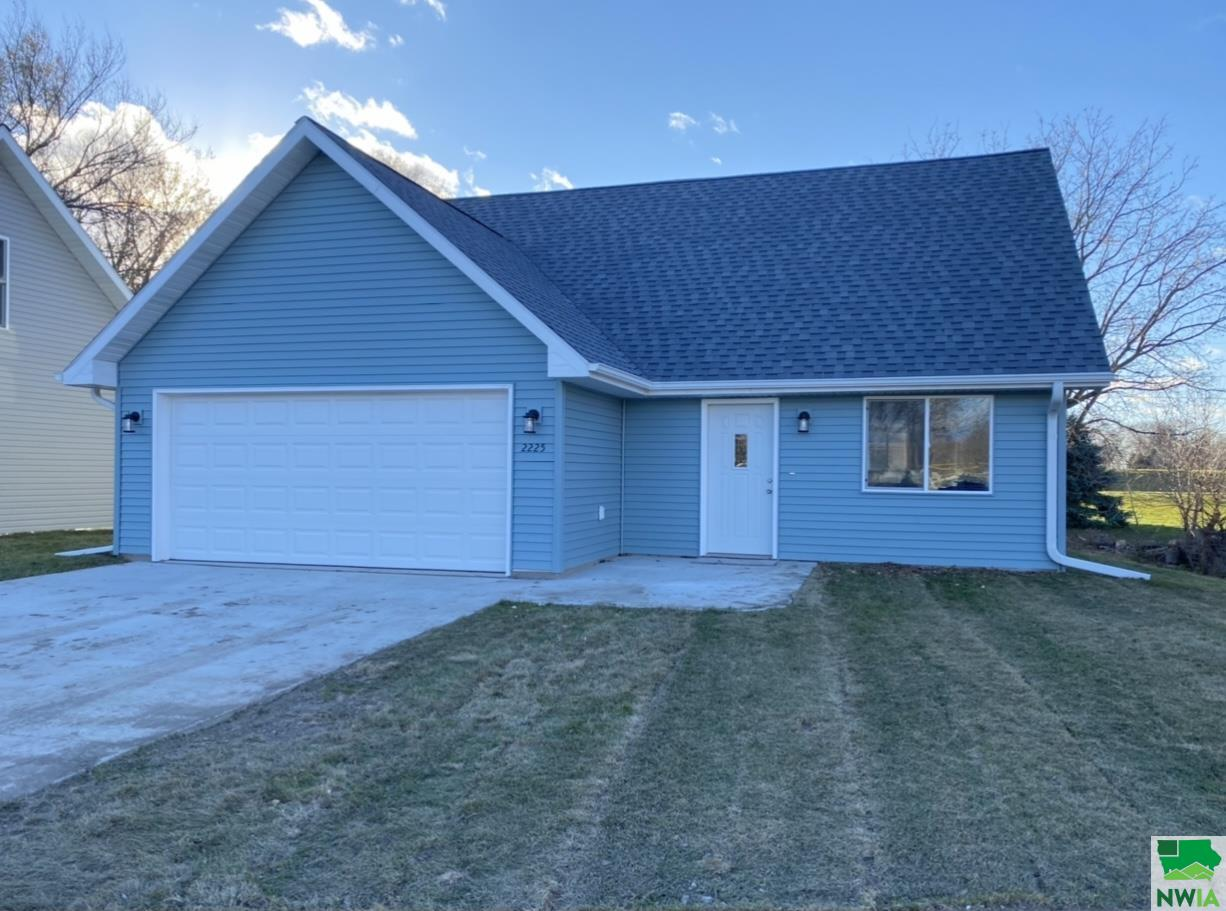 2225 Florence Ave S, Sioux City, Iowa 51109