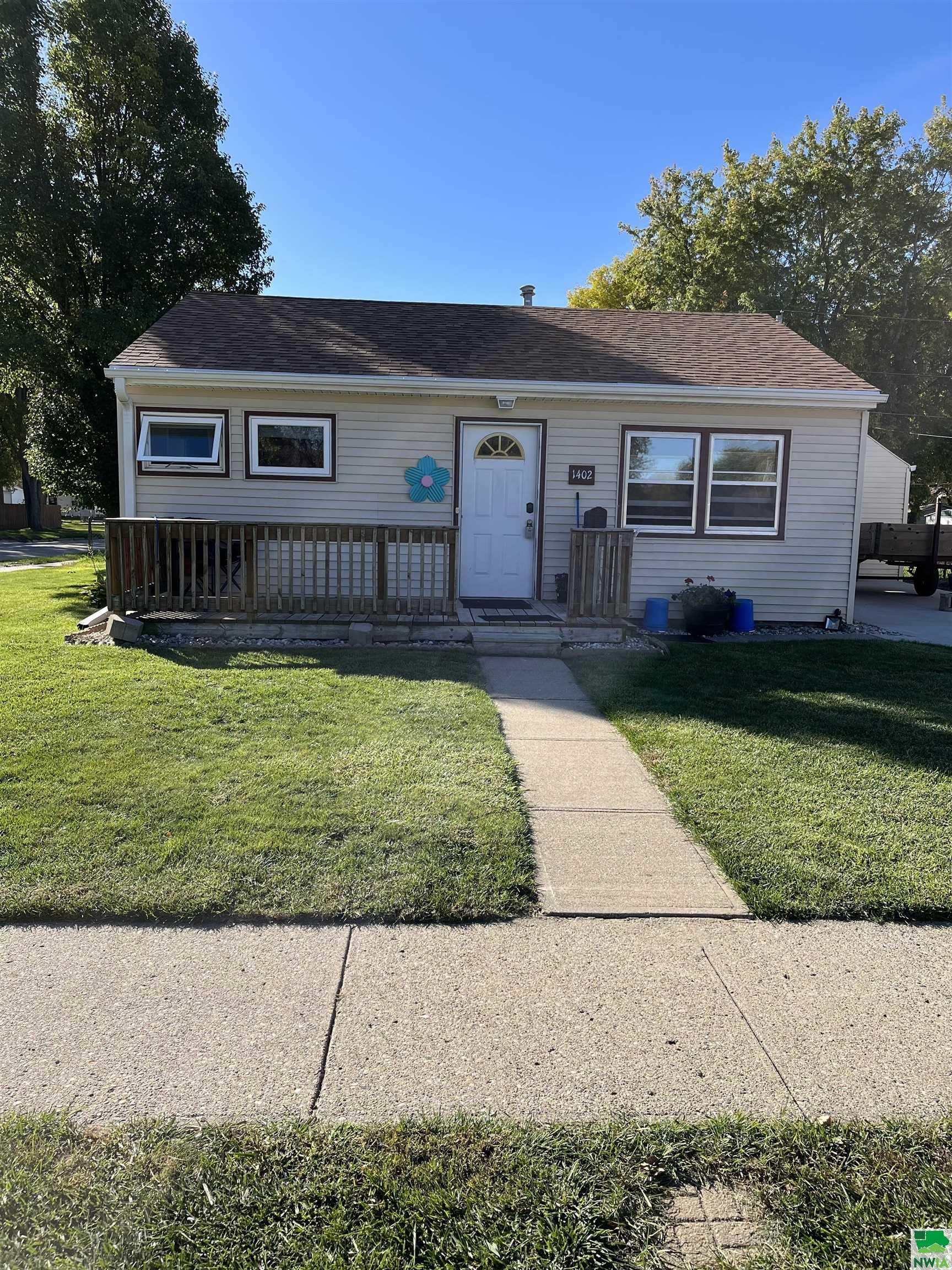 1402 Whitcher Ave, Sioux City, Iowa 51109