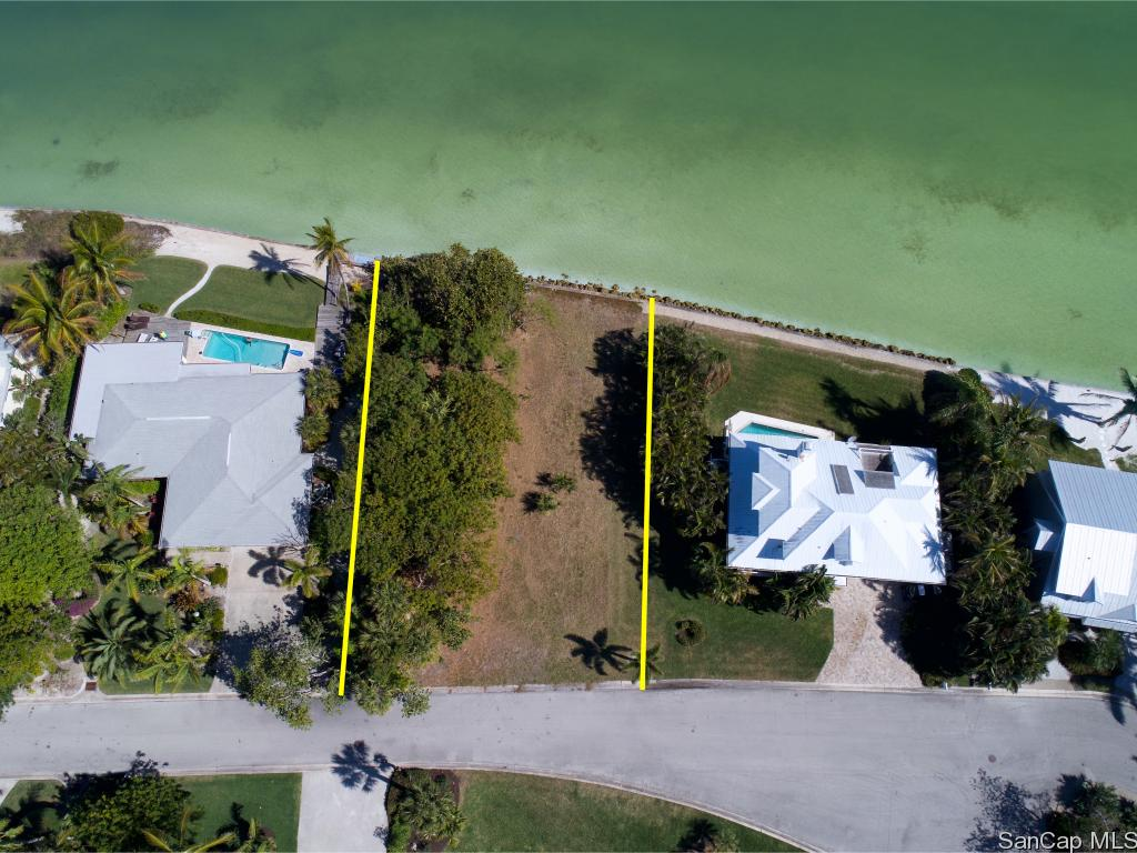1226 Isabel Dr, Sanibel, FL 33957
