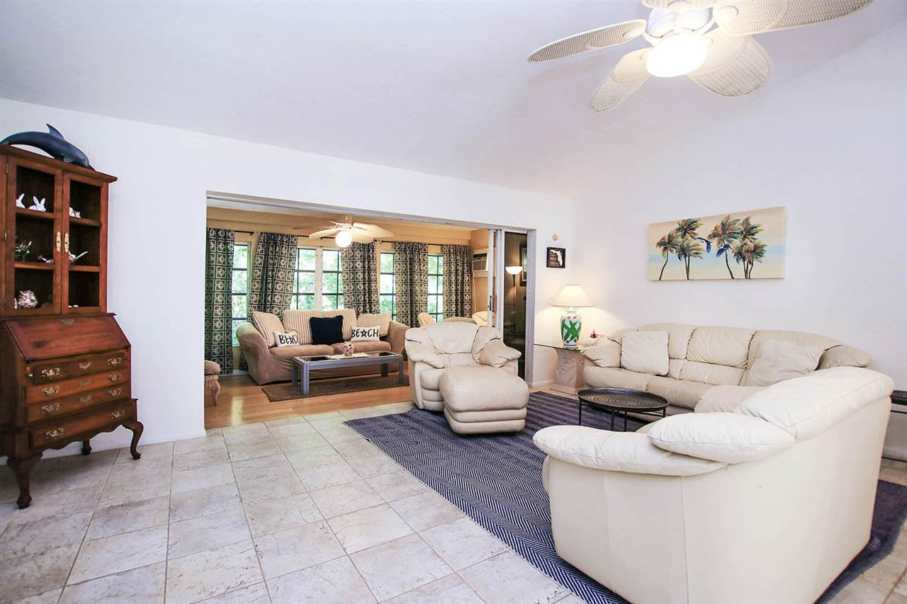 555 Rabbit Rd, Sanibel, FL 33957